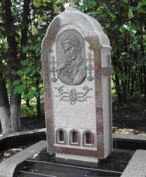 Пам'ятник Катерині Красицькій у селі Зелена Діброва в Городищенському районі