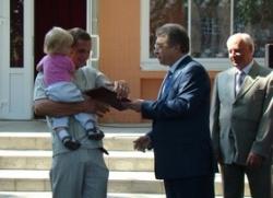 Десять родин зі Шполянщини безкоштовно отримали нетелів