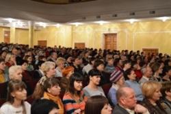 «Шануймо жінку –України оберіг!» – такий лейтмотив урочистостей, що відбулися в обласній філармонії з нагоди Міжнародного жіночого дня