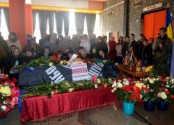 Фоторепортаж. Черкащани попрощались із загиблим героєм-«кіборгом», депутатом обласної ради Анатолієм Чупилкою.