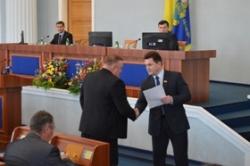 На пленарному засіданні обласної ради депутати проявили активність в обговоренні питань порядку денного