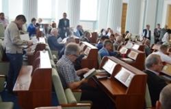 В роботі восьмої сесії обласної ради оголошено перерву