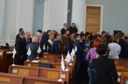 В роботі  пленарного засідання обласної ради знову оголошено перерву