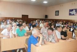На сесії Звенигородської районної ради депутатів і активістів хвилювали питання забору води з р. Гнилий Тікич
