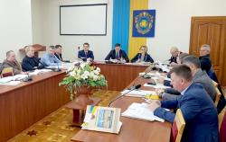 На засіданні профільної постійної комісії обласної ради депутати розглянули бюджетні питання