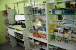 Фоторепортаж. Відкриття нової соціальної аптеки  з доступними для пацієнтів ліками.