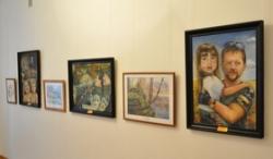 У художньому музеї обласної ради відкрилася виставка творів, присвячена пам'яті воїна батальйону «Азов» Романа Сокуренка